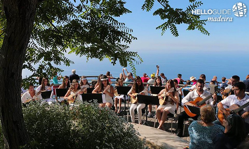 Concert by morning in Cape Girao